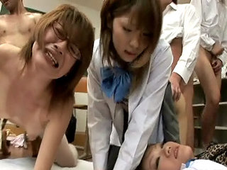 Yuu Amamiya Explodes In Sex Party